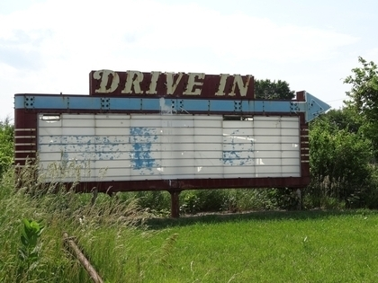 Tile drive in theater sign 3297354 1920